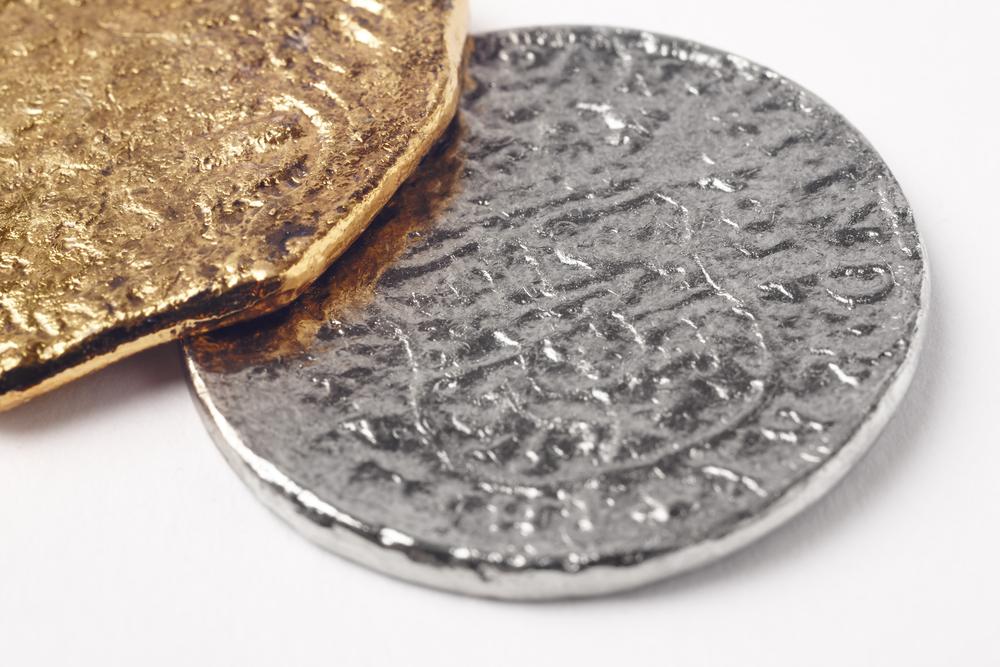 Дайверы нашли золото затонувшего парохода «Пуласки» Дайверы нашли золото затонувшего парохода «Пуласки» shutterstock 509685667