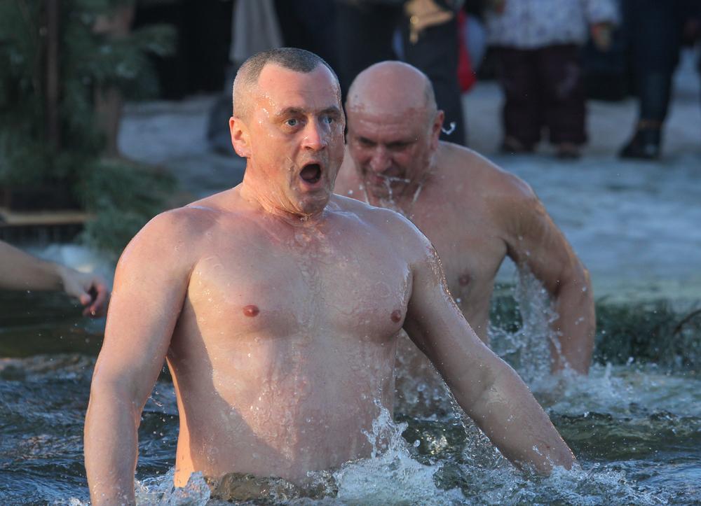 Где и как окунаться в прорубь в Киеве