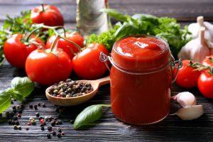 Не красный, и не из Америки: краткая история кетчупа