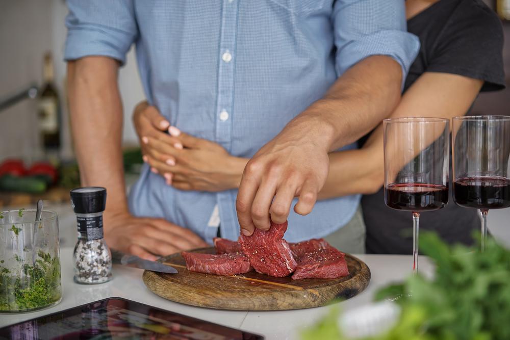 Мясоеды чаще занимаются сексом, чем вегетарианцы