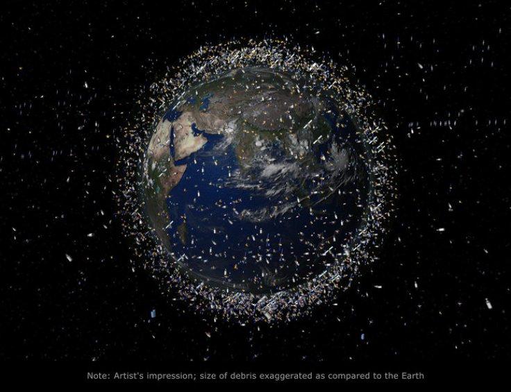 Китай предлагает отстреливать космический мусор лазерами