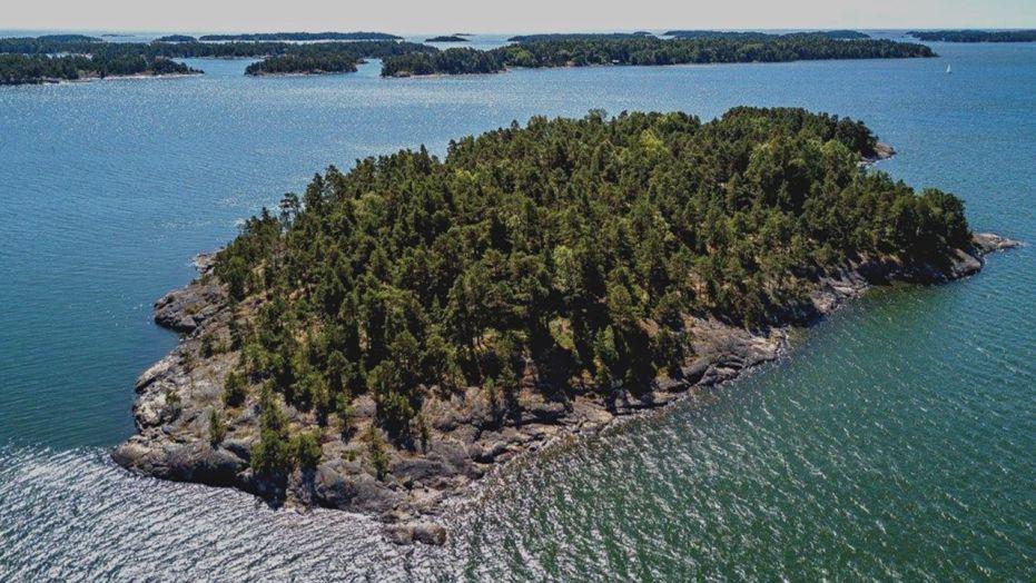 Мужчинам вход воспрещен, или Зачем в Финляндии создали женский остров