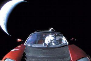 Астрономы поймали в телескоп Родстер Илона Маска