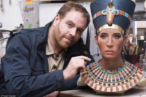 Ученые показали, как на самом деле выглядела Нефертити