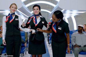 Авиалинии Америки сделают видео о безопасности менее праздничным