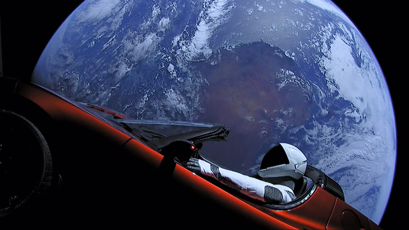 Астрономы назвали дату сближения Tesla Roadster с Марсом.Вокруг Света. Украина