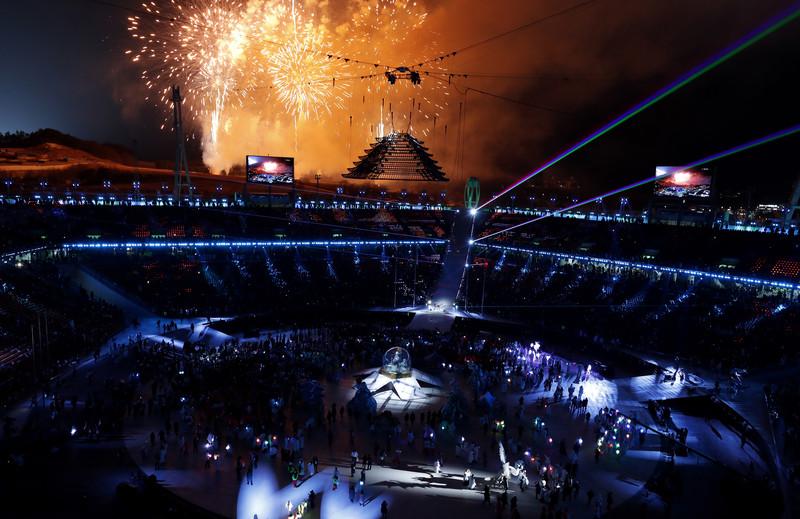 Церемония закрытия Зимних Олимпийских игр-2018: яркие фото Церемония закрытия Зимних Олимпийских игр-2018: яркие фото p 54156906