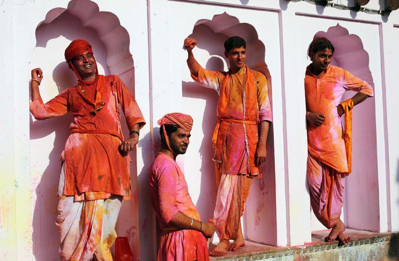 Праздник палок и красок: в Индии отмечают фестиваль Латмар Холи.Вокруг Света. Украина