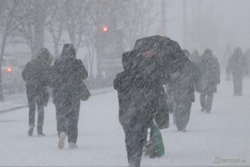 Одессу заморозило и замело снегом: видео Одессу заморозило и замело снегом: видео picturepicture 84938994108491 60562