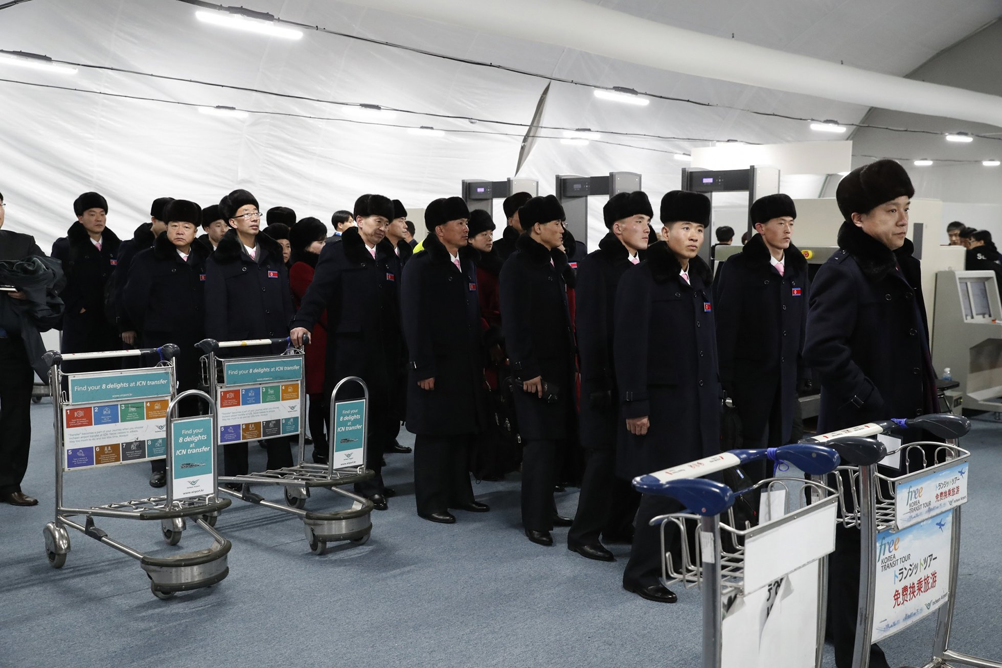 Сборная Северной Кореи прибыла на Олимпиаду