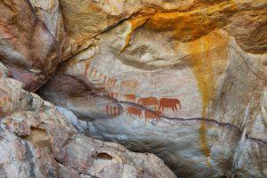 Зачем древние охотники рисовали на скалах