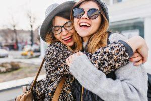 Нейробиологи доказали, что друзья одинаково смотрят на мир