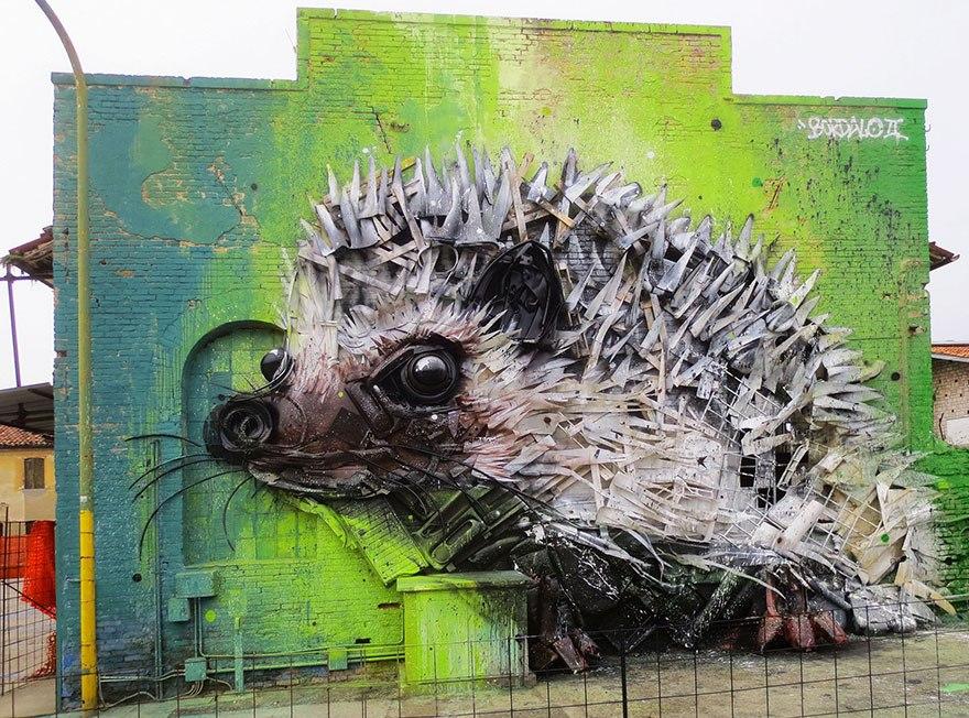 Искусство секонд-хенд: португальский художник создает скульптуры из мусора Искусство секонд-хенд: португальский художник создает скульптуры из мусора trash animal sculpture artur bordalo 49 57ea24261ba66  880