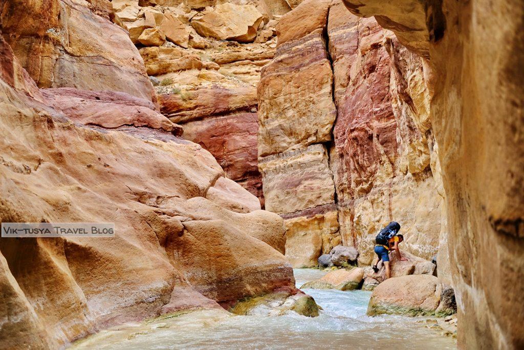 Маршрут, бюджет и малоизвестные места: как спланировать идеальное путешествие в Иорданию Маршрут, бюджет и малоизвестные места: как спланировать идеальное путешествие в Иорданию 19 5 1024x683