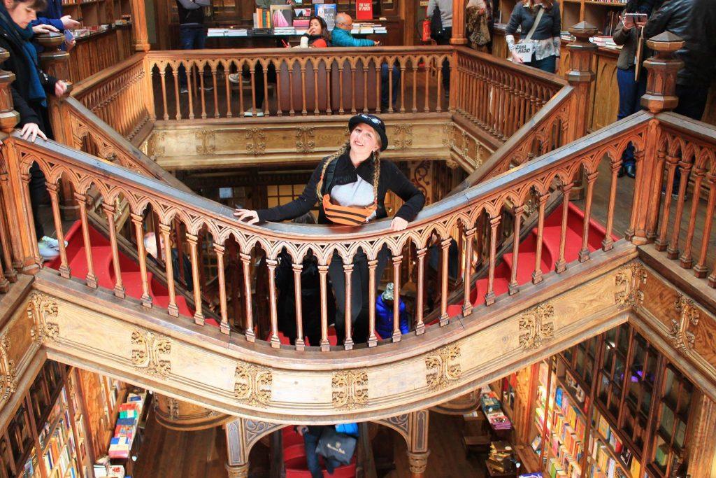 Самый старый книжный магазин, набережная океана и роскошный фастфуд – топ мест Порту Самый старый книжный магазин, набережная океана и роскошный фастфуд – топ мест Порту 29214142 2052793348342507 1415948415665176576 o 1024x683