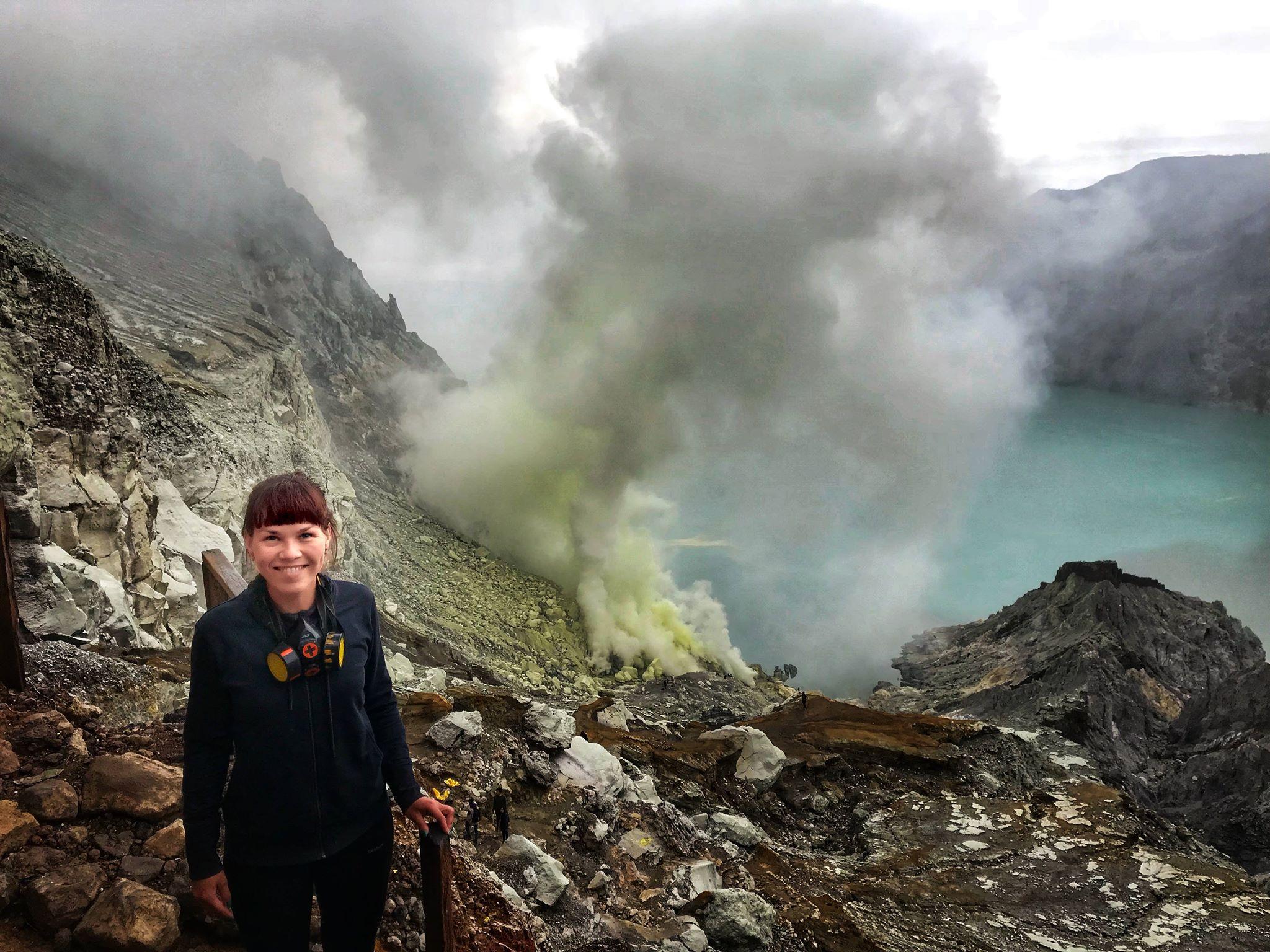 Запахло серой: ночной подъем на вулкан Иджен на острове Ява Запахло серой: ночной подъем на вулкан Иджен на острове Ява 29681161 1979885685661835 1712768135 o