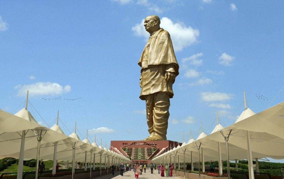 В Индии строят самую высокую в мире статую Единства