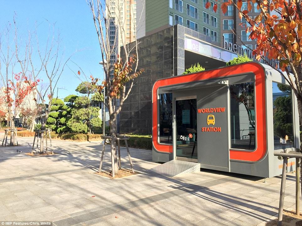 Высокотехнологичный город в Южной Корее превращается призрак Высокотехнологичный город в Южной Корее превращается призрак 4AA01C2C00000578 5553001 image a 14 1522228866913