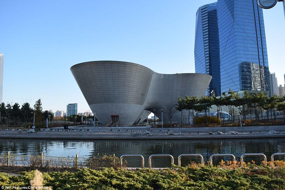 Высокотехнологичный город в Южной Корее превращается призрак Высокотехнологичный город в Южной Корее превращается призрак 4AA01C8100000578 5553001 image a 41 1522229524778