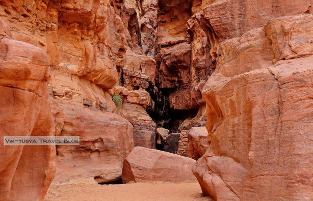 Маршрут, бюджет и малоизвестные места: как спланировать идеальное путешествие в Иорданию Маршрут, бюджет и малоизвестные места: как спланировать идеальное путешествие в Иорданию 6 13 614x395