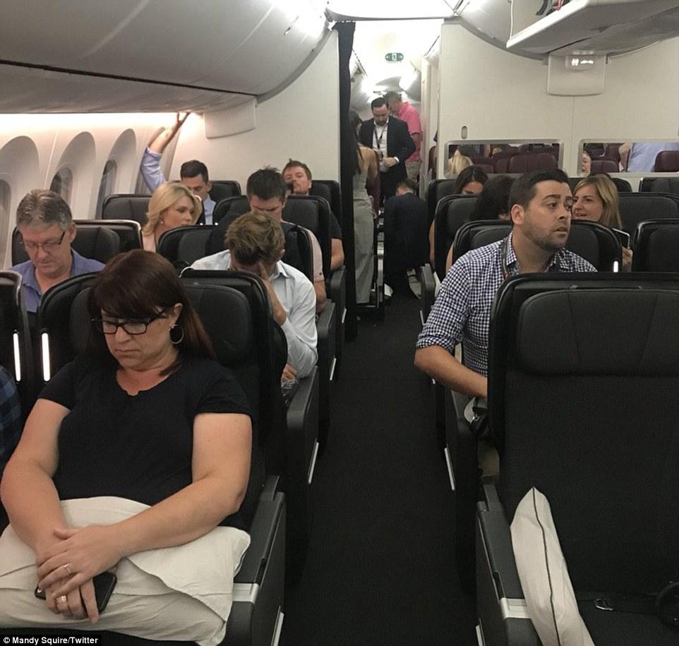 Состоялся первый беспосадочный перелет из Австралии в Британию Состоялся первый беспосадочный перелет из Австралии в Британию 8 11
