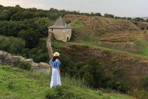 Замки, крепости и Днестр: как за выходные увидеть пол-Украины