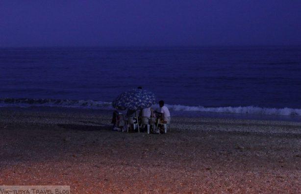 Автостопом по Марокко: красный, синий, белый Автостопом по Марокко: красный, синий, белый IMG 3840 614x395