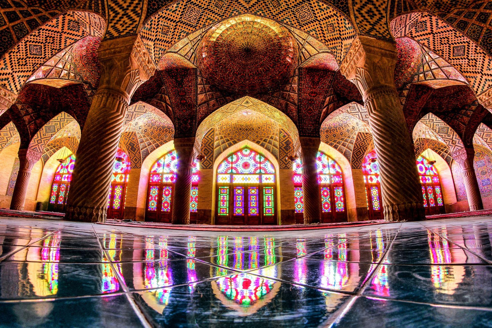 Дворец роз, башни молчания, зеркальная мечеть: все чудеса Ирана