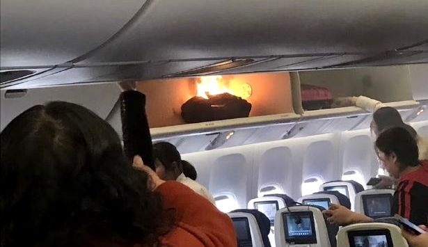 В Китае в самолете загорелся багаж