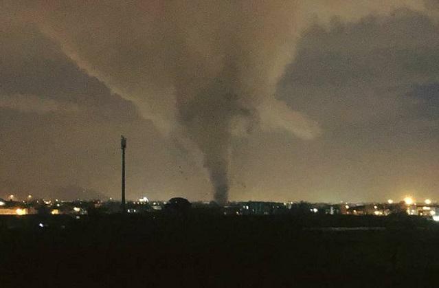 Над Италией пронесся мощный торнадо (видео)