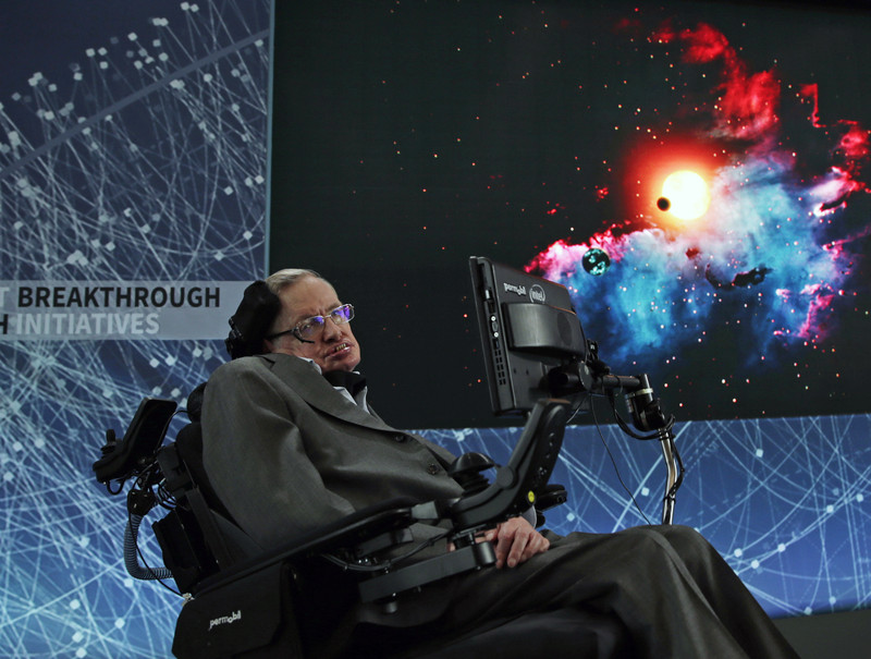 Скончался Стивен Хокинг - самый известный физик современности