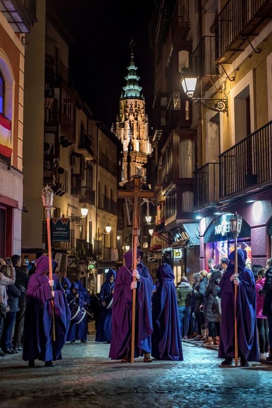 Без лица: как проходит Страстная неделя в Испании Без лица: как проходит Страстная неделя в Испании p 54225966