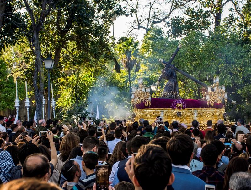 Без лица: как проходит Страстная неделя в Испании Без лица: как проходит Страстная неделя в Испании p 54227471
