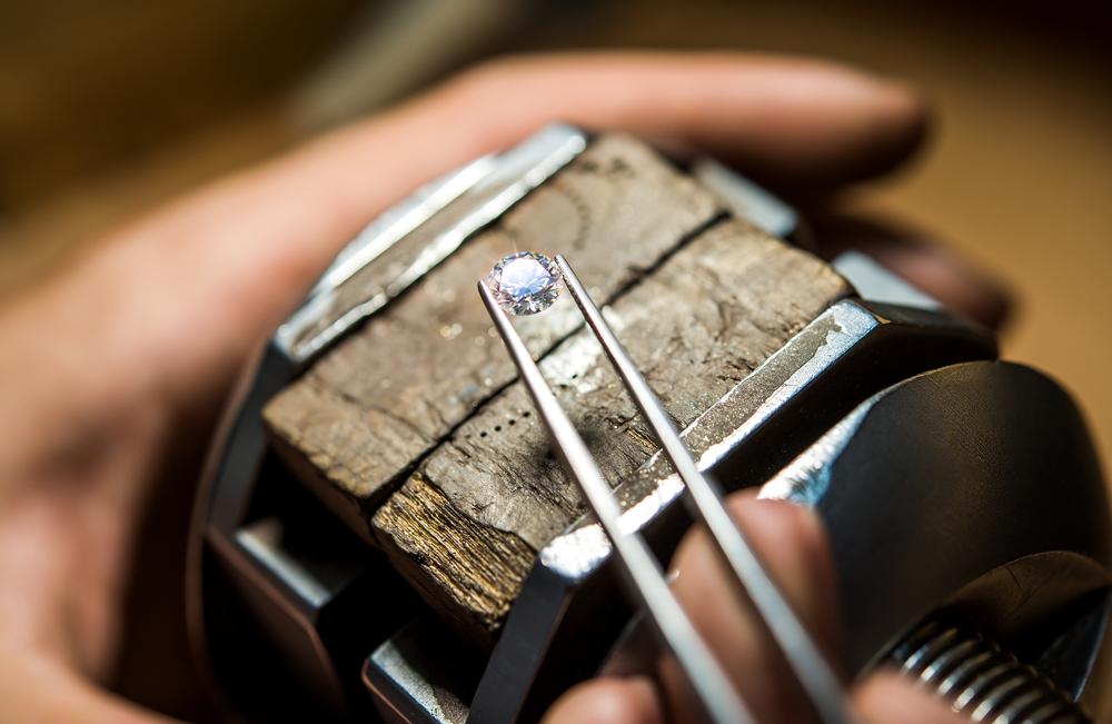Найден алмаз с инопланетным льдом внутри