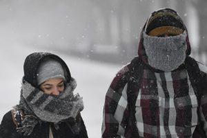 В плену снегопадов: в Европе погибли более 60 человек