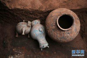 В Китае нашли сосуд с 2000-летним ликером