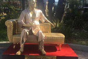 В Голливуде установили памятник домогательствам