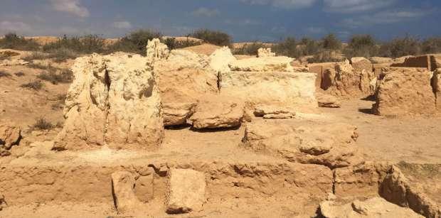 В оазисе посреди пустыни в Египте обнаружен греко-римский храм