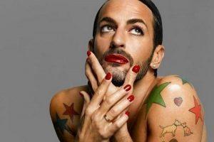 Почему мужчины стали больше краситься?