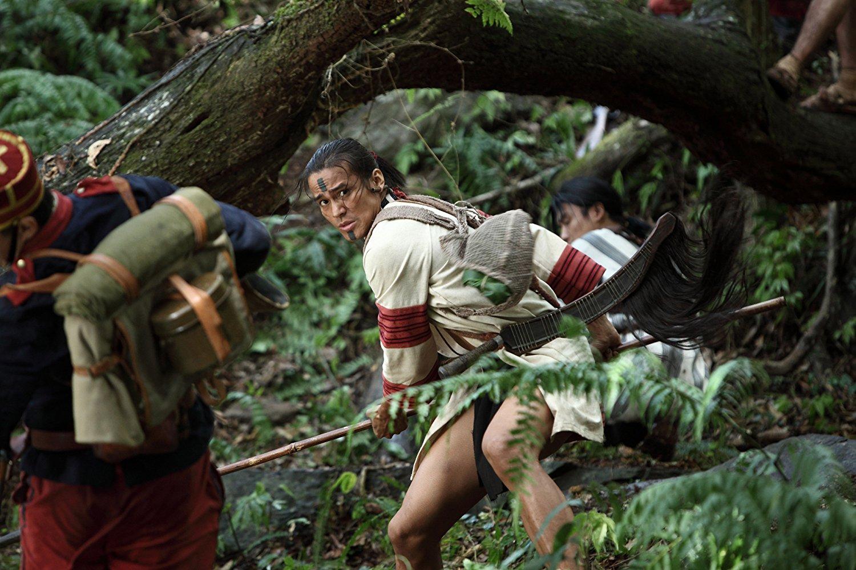 Дикие нравы: 5 фильмов о первобытных племенах MV5BMjIyMDEwNDI0N15BMl5BanBnXkFtZTcwMzc1Mzg1Ng