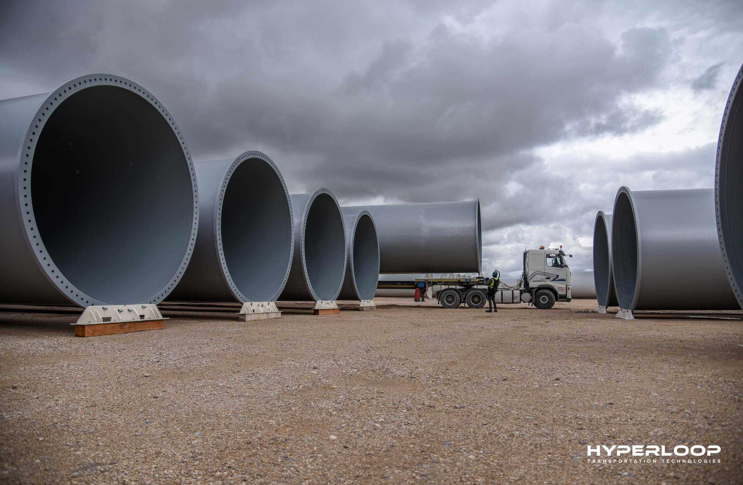 Первую «Гиперпетлю» в Европе запустят во Франции Первую «Гиперпетлю» в Европе запустят во Франции hyperlooptt tube 4 1