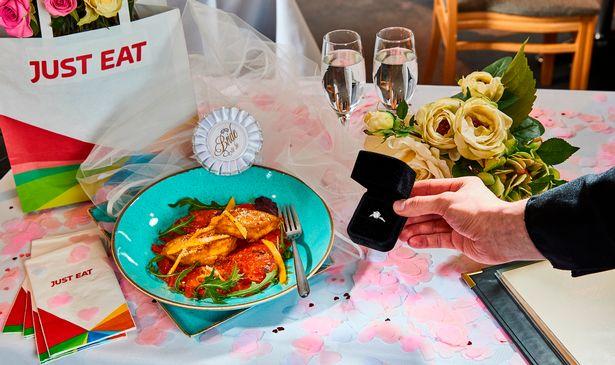 Британский ресторан ищет жениха для курицы карри.Вокруг Света. Украина