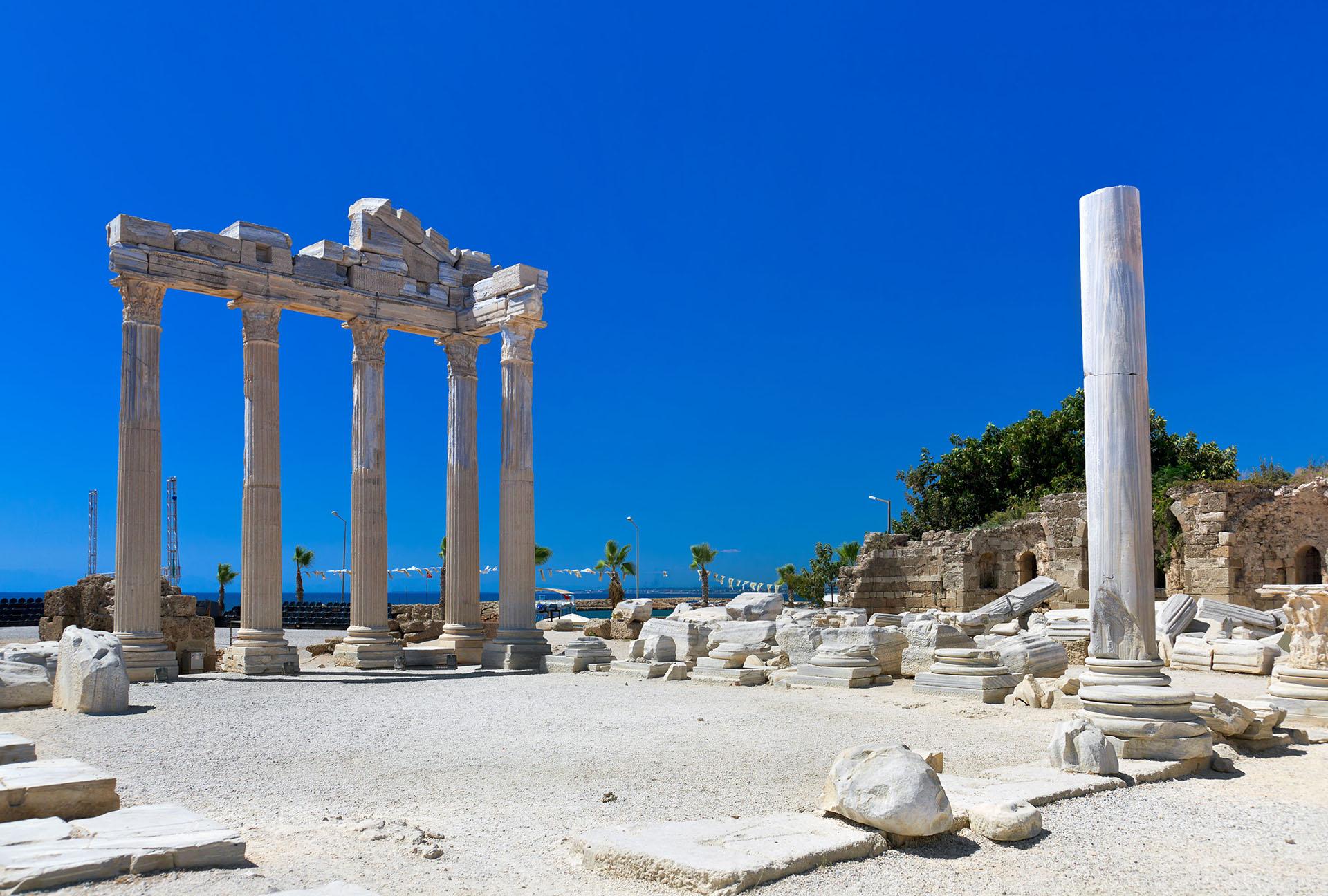 Сиде: турецкий город, где встречались Антоний и Клеопатра