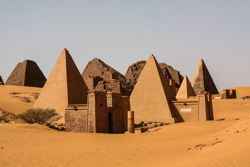 В Судане нашли таблички с письменами загадочного царства Куш В Судане нашли таблички с письменами загадочного царства Куш shutterstock 323675324