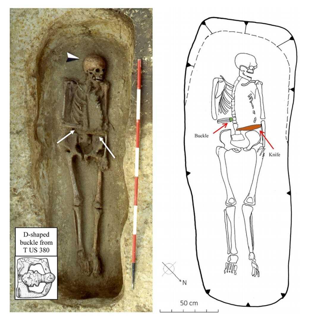 В Италии нашли скелет средневекового Эдварда Руки-ножницы В Италии нашли скелет средневекового Эдварда Руки-ножницы skelet