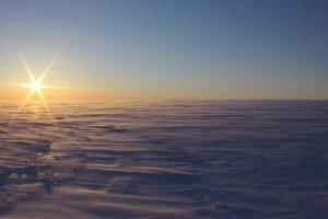 Гляциологи обнаружили незамерзающие озера под слоем льда в Канаде
