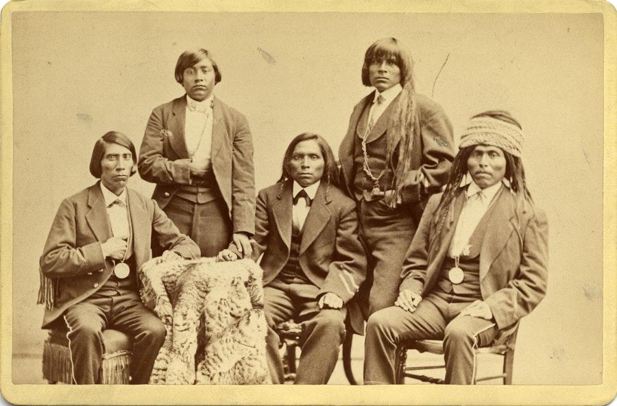 В интернете появились снимки коренных американцев конца xix века В интернете появились снимки коренных американцев конца XIX века 19th century photos native americans 07