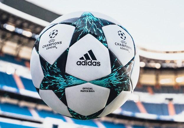 Сжалились: киевляне предлагают футбольным фанам бесплатное жилье