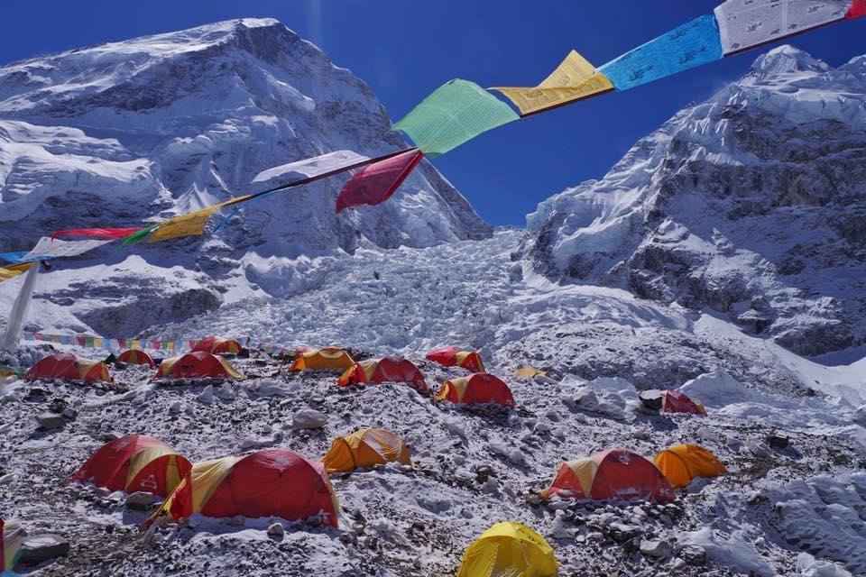 Дневник украинской экспедиции на Эверест и Лхоцзе: путь в базовый лагерь Дневник украинской экспедиции на Эверест и Лхоцзе: путь в базовый лагерь 21