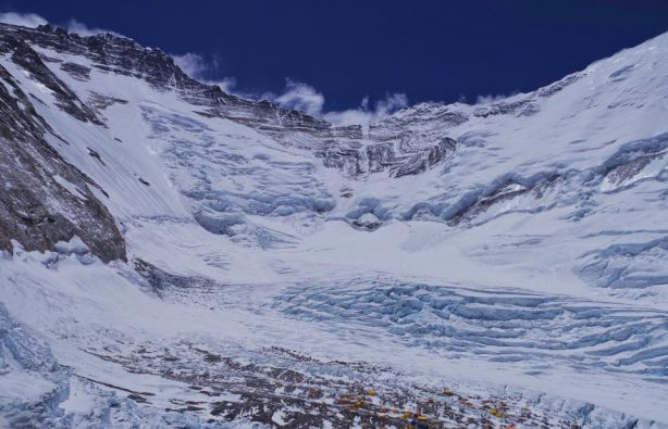 Украинская экспедиция на Эверест и Лхоцзе: ледопад Кхумбу и дальше вверх Украинская экспедиция на Эверест и Лхоцзе: ледопад Кхумбу и дальше вверх 22 614x395